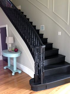 3 Common Staircase Design and Decor Mistakes {what to do instead}