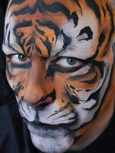 Halloween Animal Makeup Ideas To Try Hello, Welcome to Instaloverz, Today we are here to talk about Halloween Animal Makeup Ideas. So those who are willing to get the inspiration about Ha. Tiger Halloween, Halloween Makeup, Halloween Ideas, Male Makeup, Fx Makeup, Makeup Ideas, Tiger Face Paints, Adult Face Painting, Animal Makeup