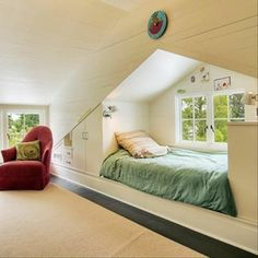 I think I could turn my attic into this and make the guests sleep here lol