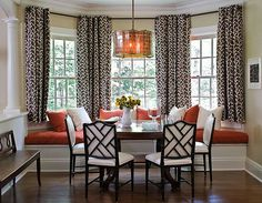30 Bay Window Decorating Ideas Blending Functionality with Modern Interior Design. {Home Décor Fall Autumn Orange Red Brown Dining Room Bay Window Seat Pillows Cushions} Bay Window Treatments, Window Coverings, Sweet Home, Home Living, Style At Home, My New Room, Modern Interior Design, Interior Ideas, Interiores Design