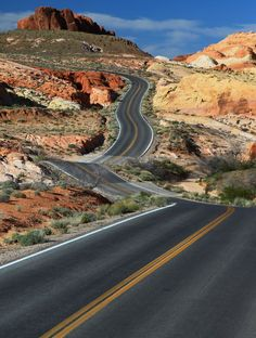 Travel the Road Unknown Beautiful Roads, Beautiful Landscapes, Beautiful Places, Places To Travel, Places To See, Desert Road, Road Construction, Valley Of Fire, Death Valley