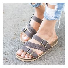 726cf87ca79fc9 Fashionable and Affordable Women s Sandals