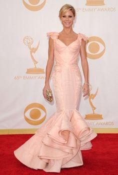 Julie Bowen Photos Photos  Arrivals at the 65th Annual Primetime Emmy Awards  — Part 2 298f2d493620