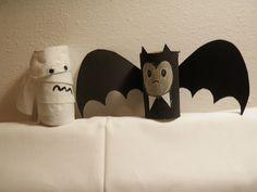 pipistrello e mummia da rotoli di carta igienica