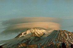 Mt Shasta & weird cloud
