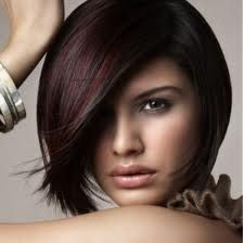 Totally Chic Short Bob Hairstyles For Girls. layered short bob hairstyles with bangs. short layered bob hairstyles for thick hair. short layered bob hairstyles for fine hair Short Hair Cuts, Short Hair Styles, Dark Hair With Highlights, Burgundy Highlights, Color Highlights, Auburn Highlights, Burgundy Bob, Peekaboo Highlights, Dark Brown Hair With Low Lights