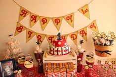 Cameron's Vintage Baseball 1st Birthday Party | CatchMyParty.com