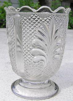 Athenian-Spooner-Early-Canadian-Pressed-Glass-EAPG-Burlington-Glass-1880s Silverware Holder, Pressed Glass, Leaf Patterns, Vintage, Vintage Comics