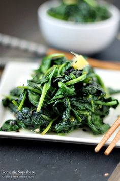 Garlic Ginger Spinach is the perfect blend of Garlic and Ginger, sauteed with delicious healthy fresh spinach.