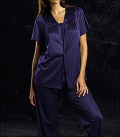 What are some retailers that sell Vanity Fair sleepwear?