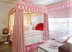 'Loving this bedroom with canopy bed for a girl.