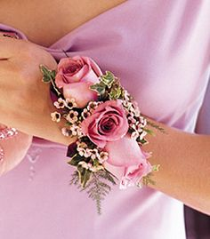 new take on the classic roses #formalapproach