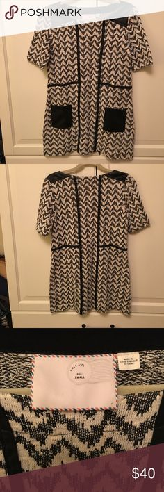 Anthropologie black and white dress size small Black and white zig zag pattern with faux letter accents. Front pockets. Sleeves go to just above the elbow. Skirt falls to the knee. Size small Anthropologie Dresses