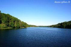 Parduodama nauja sodyba ant Asvejos ežero kranto Molėtų r. Sodybai priklauso naujas gyvenamasis namas, senieji sodybos pastatai ir 0,53 ha žemės sklypas. Skl...
