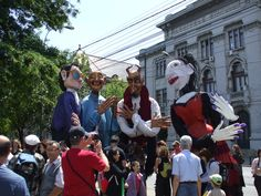 """FIT IN THE STREET - Street Theatre Festival took place last week in Bucharest - people could enjoy the show of the French artists who """"moved"""" with great talent the four huge puppets m high a. Bucharest, French Artists, Four Seasons, Theatre, Street, Puppets, People, Colours, Fit"""