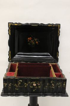 Victorian lacquer sewing stand with mother of pearl inlaid, Vintage Sewing Notions, Antique Sewing Machines, Sewing Tables, Sewing Cabinet, Cabinet Boxes, Sewing Scissors, Sewing Baskets, Sewing Kit, Wood Storage