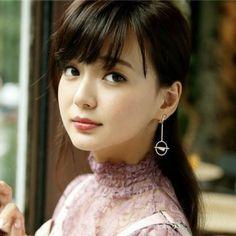 松岡茉優はなぜ可愛くなった?メイク方法や髪型6つのポイント   美人部