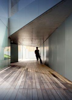 The Concave House / Tao Lei Architect Studio