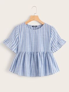 To find out about the Flounce Sleeve Striped Smock Top at SHEIN, part of our latest Blouses ready to shop online today! Fashion News, Girl Fashion, Fashion Outfits, Summer Shirts, Cute Tops, Types Of Sleeves, Blouse Designs, Pullover, Girls Dresses