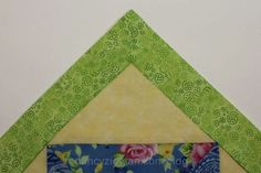 Nifty Quilting Tip! Mitering Corners Made Simple with the No Math Miter Tool from Nancy Zieman and Nancy's Notions Quilting Blogs, Quilting Tutorials, Quilting Projects, Diy Sewing Projects, Sewing Hacks, Sewing Crafts, Sewing Tips, Sewing Tutorials, Quilt Blocks Easy