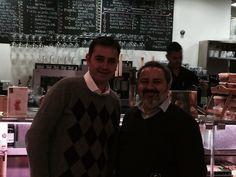 6º #MartesDeCata Flores&Colonia de Galeón. Nos acompañó, entre nuestros invitados, el especialista en #vinosandaluces Fran León