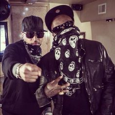 Two of the Best 2 ever do it !I and Young Jeezy .ATL Ambassadors and Black Entrepeneurs ! Rap Music, Music Icon, Geek Watches, Young Jeezy, Two Of A Kind, Love N Hip Hop, Architecture Tattoo, Types Of Music, American Horror Story
