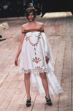 Alexander McQueen: RTW Spring 1999