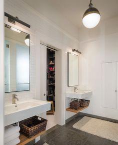 Bathroom - Sutro Architects