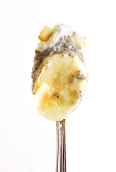 Coconut Banana Chia Seed Pudding - Thick coconut chia seed pudding with layers of sliced banana. This dessert recipe is so EASY to make and actually HEALTHY for you! Vegan/Gluten Free/Refined Sugar Free!