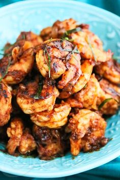 Stir-Fry Shrimp with Thai Roasted Chili Paste Recipe {Video + Giveaway} ~ http://jeanetteshealthyliving.com