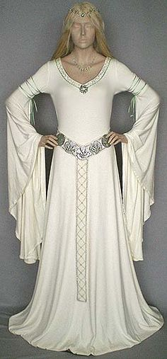 Eowyngown Medieval weddingdress in offwhite and lightgreen + silver Details. See www.de for more like this. Medieval Fashion, Medieval Clothing, Gypsy Clothing, Vintage Outfits, Vintage Fashion, Fashion Goth, Steampunk Fashion, Medieval Gown, Medieval Wedding