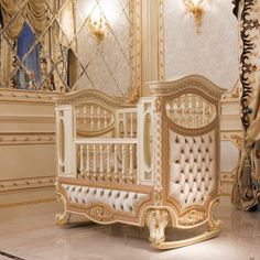 Luxury and classy baby bed 👇 download royal catalog👇
