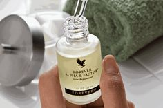 Forever Living is the world's largest grower, manufacturer and distributor of Aloe Vera. Discover Forever Living Products and learn more about becoming a forever business owner here. Forever Living Aloe Vera, Forever Aloe, Aleo Vera, Forever Living Business, Healthy Nails, Forever Living Products, Liquid Foundation, Aloe Vera Gel, Moisturiser