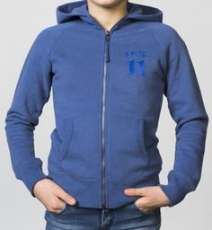 GIRLS - EQIP-11 zipper sweater - true navy. For girls who also want to radiate team spirit and sportsmanship off the field.