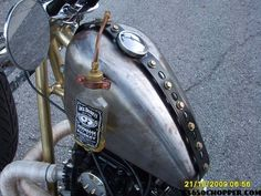 Jack Daniels custom sight fuel gauge = Awesome addition to custom chopper