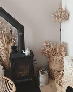 63 vind-ik-leuks, 3 opmerkingen - Margriet Hoogland (@bymarlau) op Instagram: '• P A I N T • Druk aan het schilderen. De kleur Lei van @histornl it is. Mooie warme kleur en alle…' Home Appliances, Wood, Wood Stove, Home