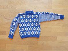 Rundherum einfacher #Pulloverschnitt von #Knitulator #Sterne #Knitulator #Sternenpullover
