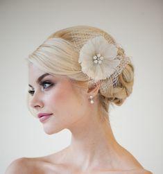Feather Fascinator, Bridal Fascinator, Wedding Hair Flower, Bridal Headpiece - DANIELLE