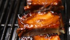 Ribsit eli porsaan kylkipalat | Maa- ja kotitalousnaiset Finnish Recipes, Lasagna, Pork, Ethnic Recipes, Kale Stir Fry, Lasagne, Pork Chops