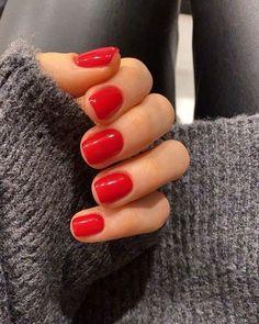 Red Gel Nails, Bright Red Nails, Acrylic Nails, Red Nail Polish, Stylish Nails, Trendy Nails, Cute Nails, Short Red Nails, Minimalist Nails