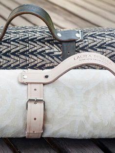 carregador de cobertor em couro feito artesanalmente