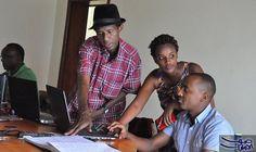 """""""راديو إنزامبا"""" يعلن عن حقيقة الأوضاع في…: روى الصحافي جين بابتيستا بريها، الذي غطى أخبارالانقلابفي بورندي، العام الماضي، أحداث محاولة…"""
