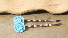 Flower Bobby Pins - Blue Zinnia Bobby Pins - Set of Two - Blue Flower Bobby Pins - Blue Flower Hair Pins - Flower Hair Pins - pinned by pin4etsy.com