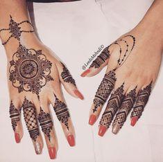 for more Visit Jagua Tattoo Removal Elegant Medium Bridalhenna Mehndi Hennadesign Design Hennalove Finger work, just lovely Henna Henna Hand Designs, Mehandi Designs, Tribal Henna Designs, Mehndi Designs Finger, Mehndi Designs For Girls, Mehndi Designs For Fingers, Beautiful Henna Designs, Henna Tattoo Designs, Henna Tattoo Hand