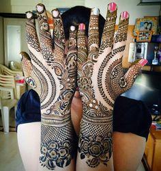 Hey guys check out this mehendi that I made for an engagement. What do you think?   Www.Falgunirajpara.com   #mehendi, #MehendiArt, #mehendidesign, #Henna, #hennadesign, #IndianWedding, #BrideToBe, #GettingEngaged, #IndianStylists, #MehendiArtist #FalguniRajpara