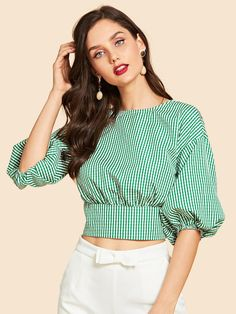 47 Summer Tops Blouses For Daytime - Daily Fashion Outfits Girls Fashion Clothes, Fashion Outfits, Clothes For Women, Crop Top Outfits, Casual Outfits, Sleeves Designs For Dresses, Mein Style, Batik, African Fashion Dresses