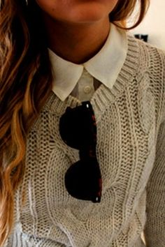 button down, cable knit, and raybans #classic