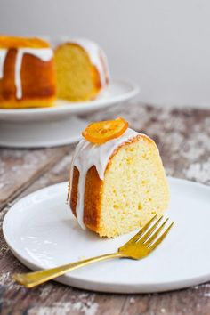 Meyer Lemon Bundt Cake with Candied Lemons - Simple Bites Candied Lemon Slices, Candied Lemons, Lemon Bundt Cake, Bundt Cakes, Pound Cake, Spiced Pear, Toasted Pumpkin Seeds, Types Of Cakes, Fall Recipes