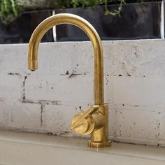 Deck Mounted Kitchen Mixer Tap with Lever