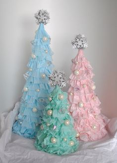 Shabby Chic Ruffled Christmas Tree